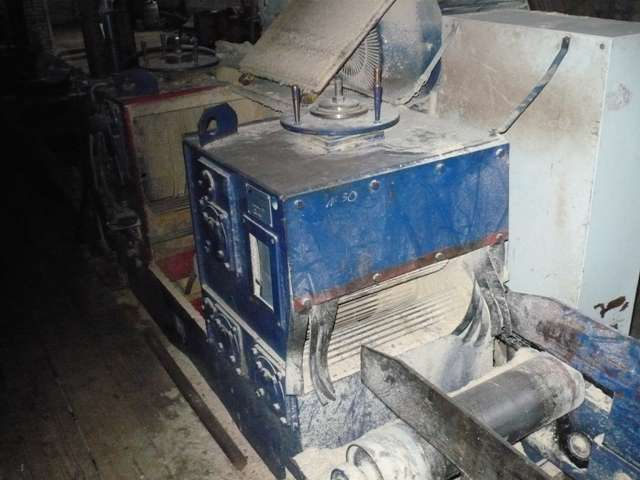 """Многопильный деревообрабатывающий станок """"Фаворит-200"""""""