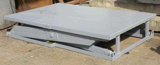Подъемный гидравлический стол г/п 1.5 т, платформа 2 х 1.2 м