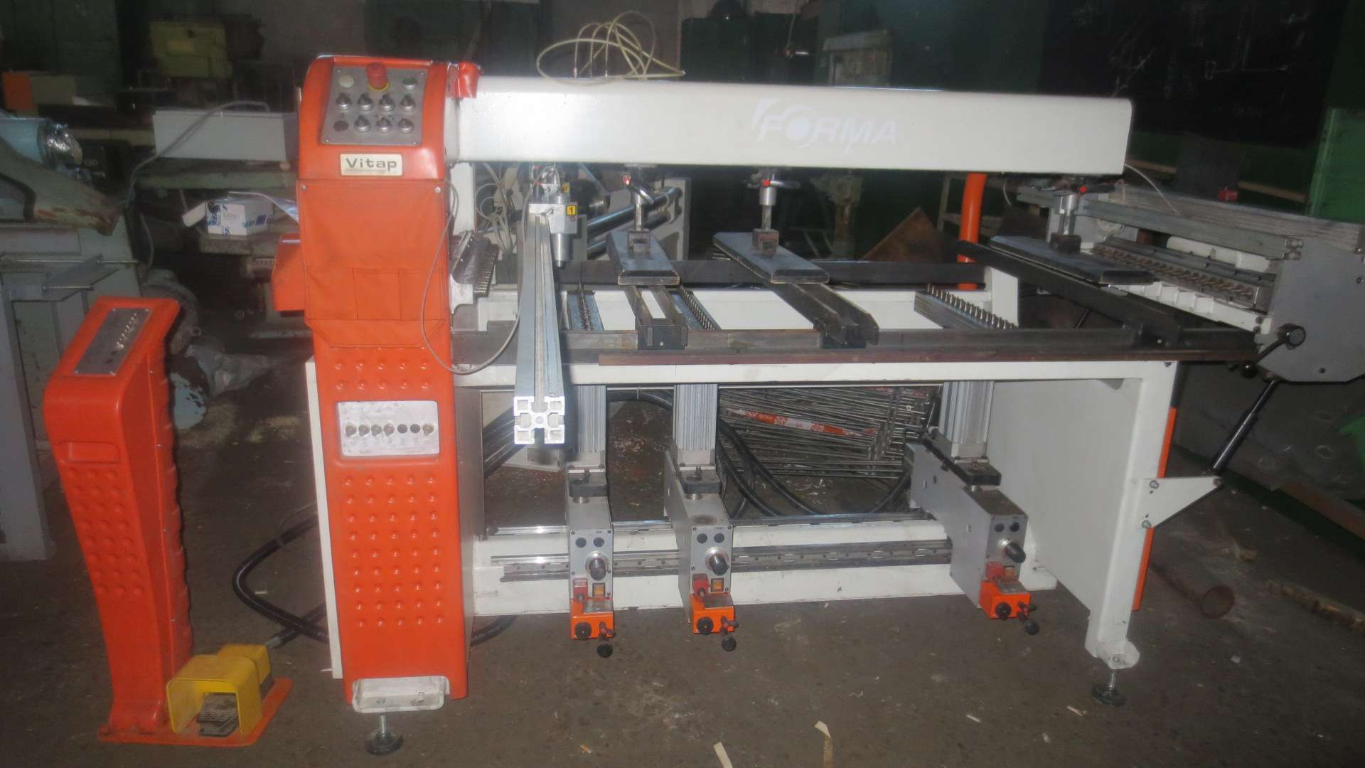 Сверлильно-присадочный станок VITAP FORMA 120 LCD