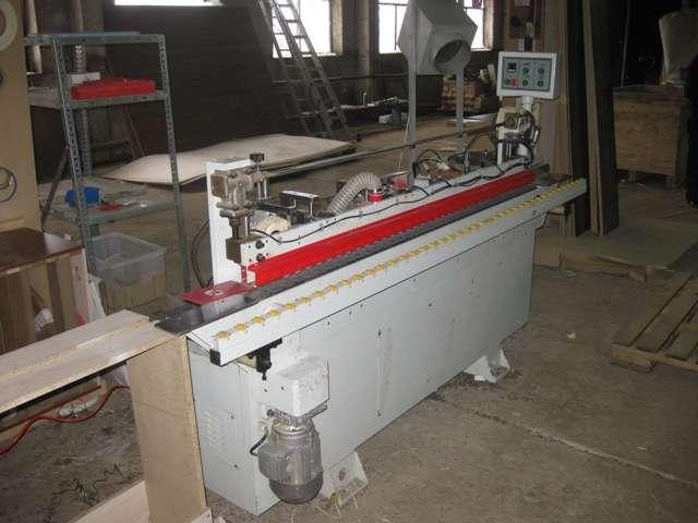 Автоматический кромкооблицовочный станок VANGUARD TZ-808S